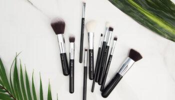 makeup brush belt